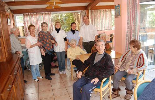 personnel maison retraite